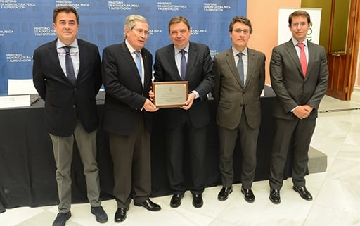Planas encourages the National Veterinary Body to continue working to improve the level of Spanish agriculture and livestock